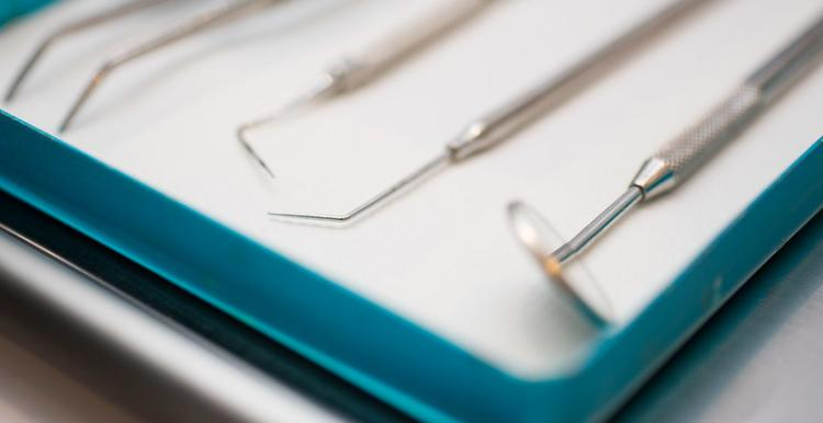 Dentistry equipment on a tray